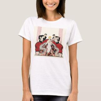 Señora elegante en camiseta del art déco de París
