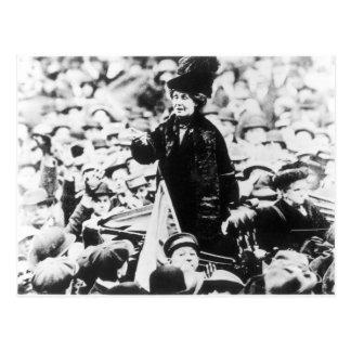 Señora Emmeline Pankhurst Addressing una Postal