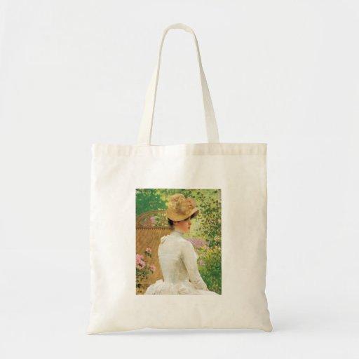 Señora en el jardín, la bolsa de asas