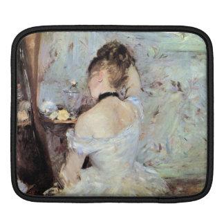 Señora en el retrete de Berthe Morisot Fundas Para iPads