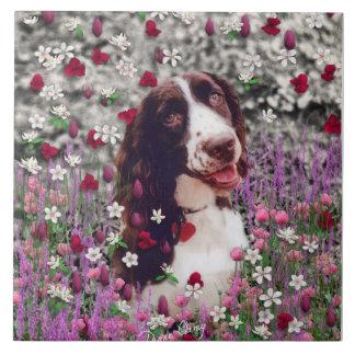 Señora en flores - perro del perro de aguas de Bre Azulejo Cuadrado Grande
