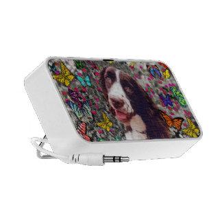 Señora en mariposas - perro del perro de aguas de mini altavoz