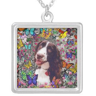 Señora en mariposas - perro del perro de aguas de colgante cuadrado