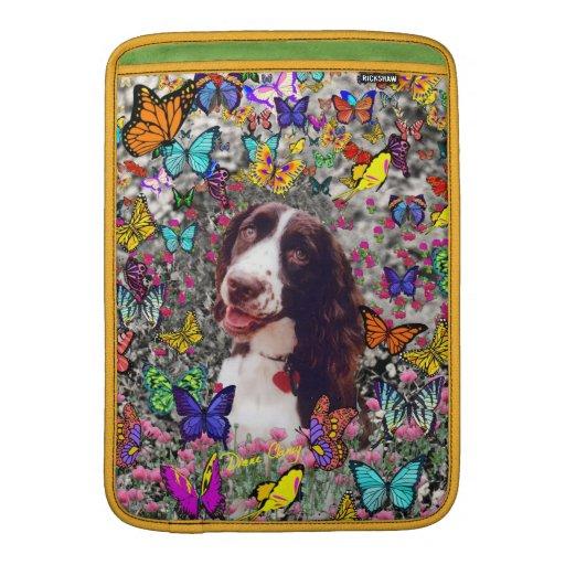 Señora en mariposas - perro del perro de aguas de funda  MacBook
