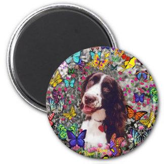 Señora en mariposas - perro del perro de aguas de imán redondo 5 cm