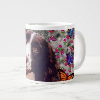 Señora en mariposas - perro del perro de aguas de  taza grande