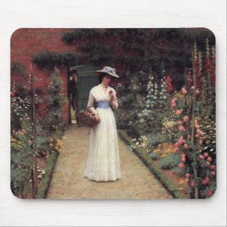 Señora en una pintura al óleo del jardín tapetes de ratón