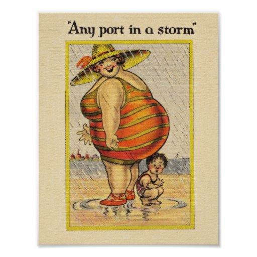 Señora gorda divertida en la playa impresiones