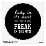 Señora In la calle, pero un MONSTRUO en el gimnasi