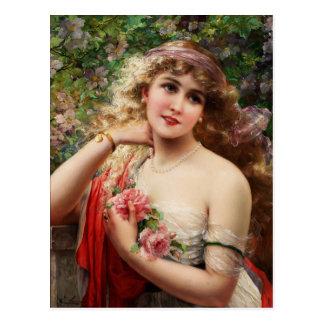 Señora joven con los rosas tarjeta postal