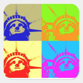 Señora Liberty del arte pop de 4 colores Pegatina Cuadrada