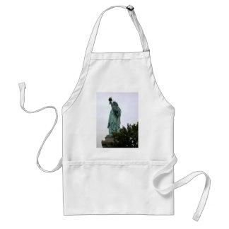 Señora Liberty en el puerto de Nueva York Delantal