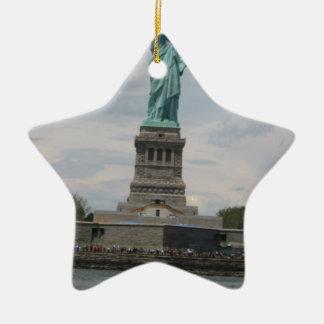 Señora Liberty en el puerto Adornos De Navidad