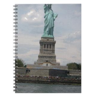Señora Liberty en el puerto Libretas Espirales