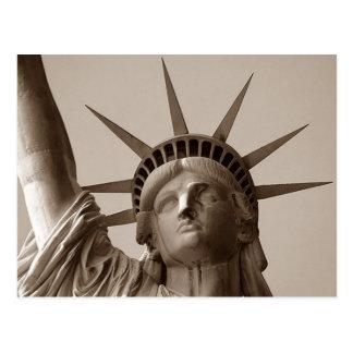 Señora Liberty en la estatua de la sepia de la PC  Tarjeta Postal