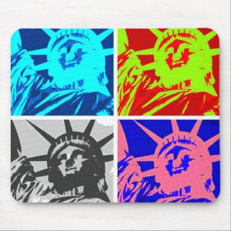 Señora Liberty New York City del arte pop Alfombrilla De Ratón