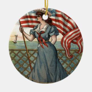 Señora Liberty Ocean Sailboat de la bandera de los Ornamentos Para Reyes Magos