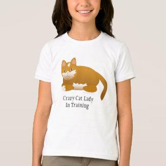 Señora loca del gato en la camiseta del chica del remeras