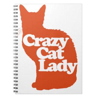 Señora loca del gato libreta