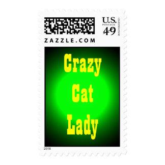 Señora loca del gato franqueo
