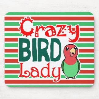 Señora loca del pájaro mousepads
