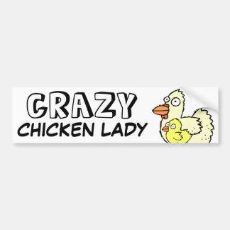 Señora loca del pollo pegatina de parachoque