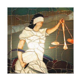 Señora majestuosa Justice en diseño del vitral Impresiones De Lienzo