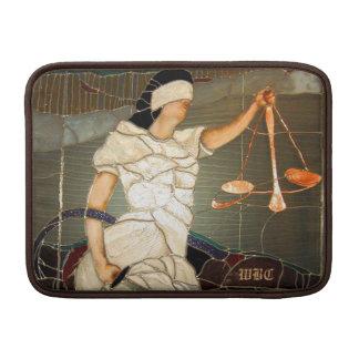 Señora majestuosa Justice Portrait en vitral Funda Macbook Air
