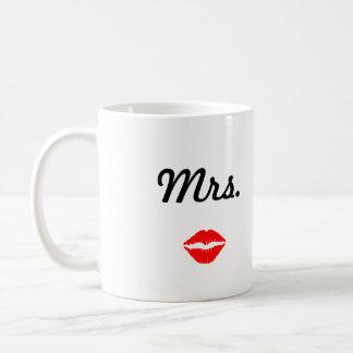 Señora Mug con los labios Taza Básica Blanca