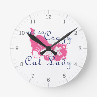 Señora no tan loca Pink del gato Relojes De Pared