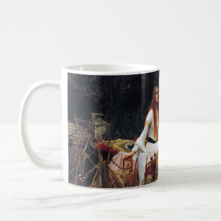 Señora Of Shallot en la taza del arte del