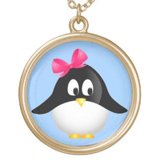 Señora Penguin Collar Dorado