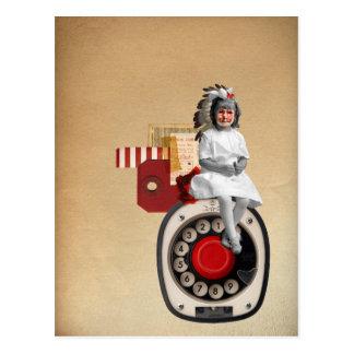 Señora pequena tarjeta postal