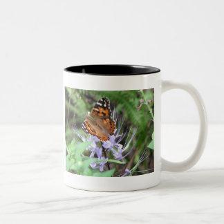 Señora pintada americano taza de café