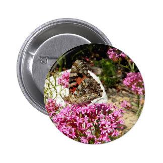 Señora pintada Butterfly Pin Redondo De 2 Pulgadas