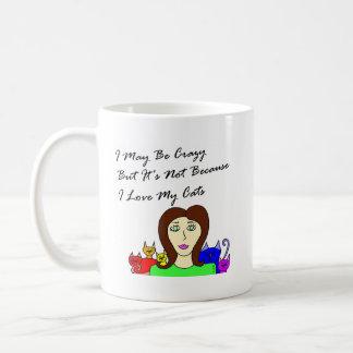Señora quizá loca del gato taza