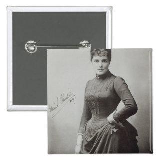 Señora Randolph Churchill Pin Cuadrado