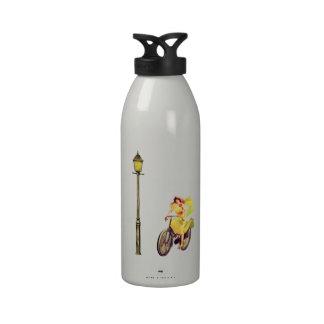 señora Riding Bike de los años 20 Botellas De Beber
