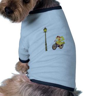 señora Riding Bike de los años 20 Camisetas De Perro