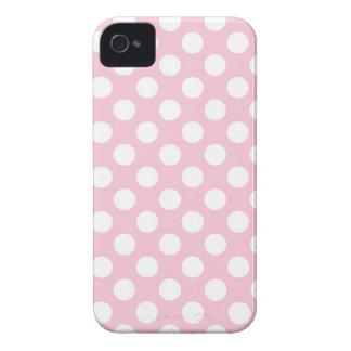 Señora rosada colección - puntos blancos grandes iPhone 4 Case-Mate cárcasa