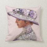Señora Rose Hat del Victorian del cordón de la lav Cojin