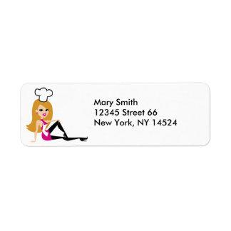 Señora rubia etiquetas de devolución del panadero etiqueta de remite