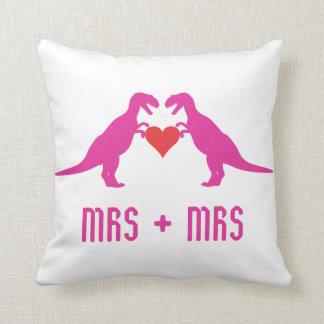 Señora+Señora - el amor es dinosaurios del amor Cojín