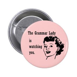 Señora Watching Buttons de la gramática Pins