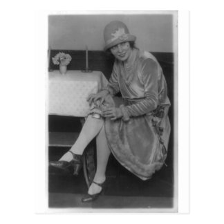 Señora With Flask 1926 Postal