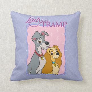 Señora y el vagabundo almohadas