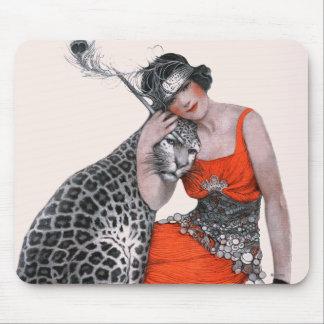Señora y leopardo alfombrillas de raton