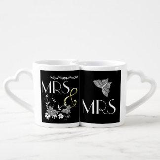 Señora y señora Butterflies y flores Taza Para Parejas