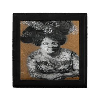 señora y tatoo de Berlín de la pintada Niza Caja De Joyas