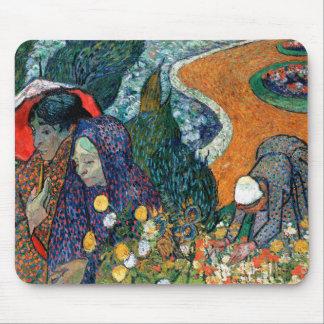 Señoras de Arles jardín en Etten Vincent van Gog Alfombrilla De Raton